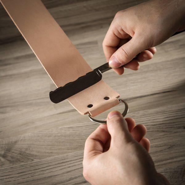 Strop en cuir artisanal