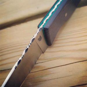 Couteau de cuisine artisanal made in france chene des marais acier inox