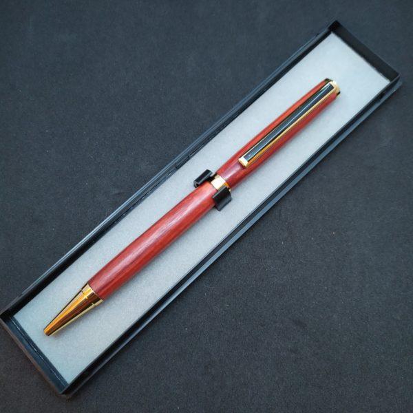 Boite stylo en plexi